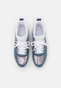 Guess - BELTIN - Trainers - blue - 5
