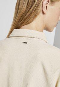 TOM TAILOR DENIM - Button-down blouse - soft creme beige - 4