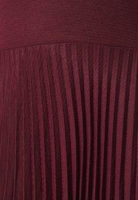 Closet - PUFF SHOULDER PLEATED SKIRT DRESS - Sukienka koktajlowa - wine - 5