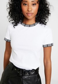 River Island - Print T-shirt - white - 5