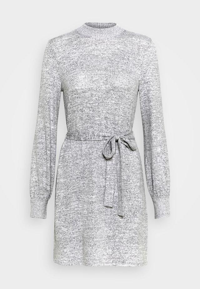 BELTED COZY DRESS - Neulemekko - gray