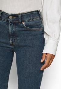 Dr.Denim Petite - MACY - Široké džíny - stoker blue - 7