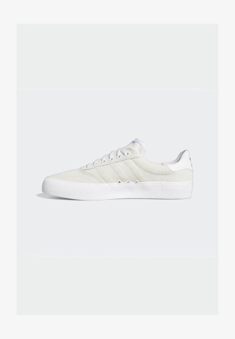 adidas Originals - 3MC VULCANIZED SHOES - Matalavartiset tennarit - white