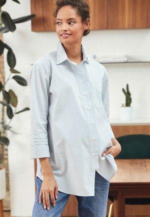 MATERNITY SLEEVE DETAIL OVERSIZED SHIRT - Button-down blouse - light blue