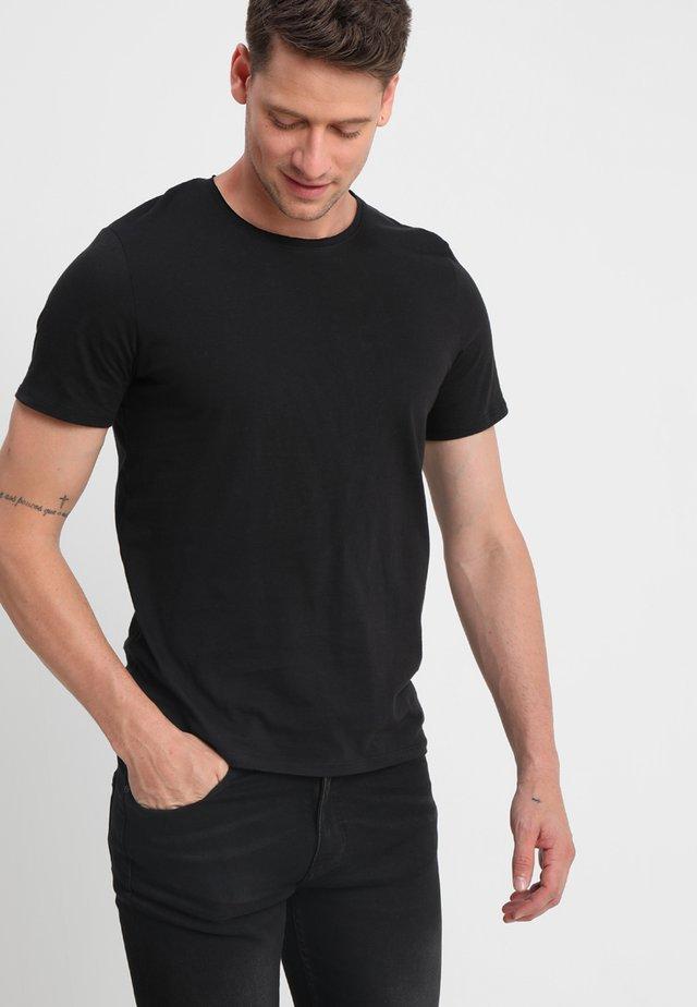 SLHLUKE O-NECK TEE - Basic T-shirt - black
