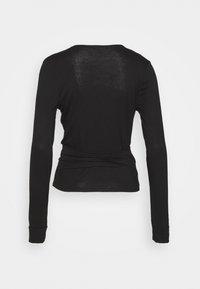 Dorothy Perkins - WRAP BALLET  - Long sleeved top - black - 1