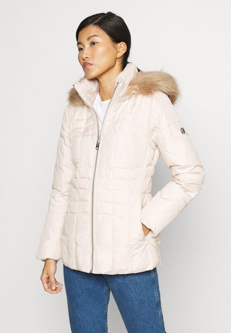 Calvin Klein - ESSENTIAL  - Winter jacket - white smoke