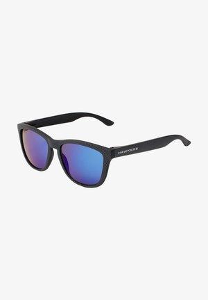 ONE POLAR - Sunglasses - black polarized