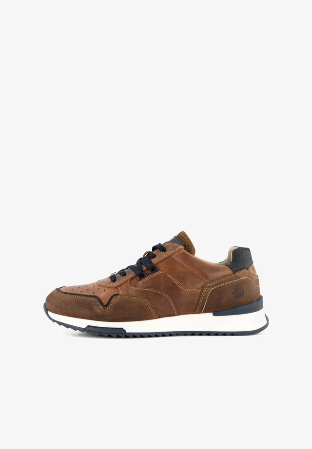 MILLS - Sneakers laag - cognac