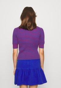 See by Chloé - Print T-shirt - blue/red - 4