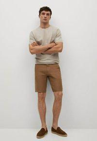 Mango - CARP - Shorts - tabac - 1