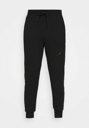 BLOCKED TERRY PANT - Pantalon de survêtement - black