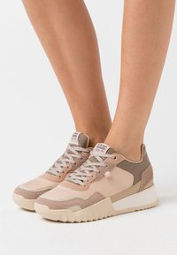 G-Star - ROVIC II - Trainers - light liquid pink/bisque - 0
