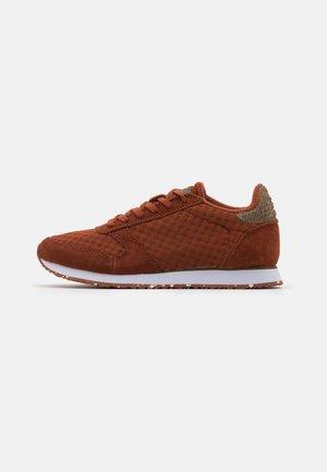 YDUN - Sneaker low - rust