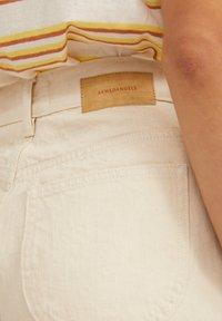 ARMEDANGELS - Shorts - undyed - 3