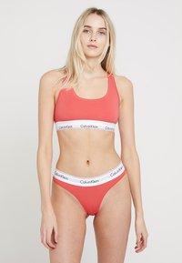 Calvin Klein Underwear - MODERN BRALETTE - Brassière - fire - 1