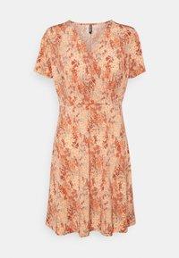 PCEMANUELLE DRESS - Jersey dress - duna/coral