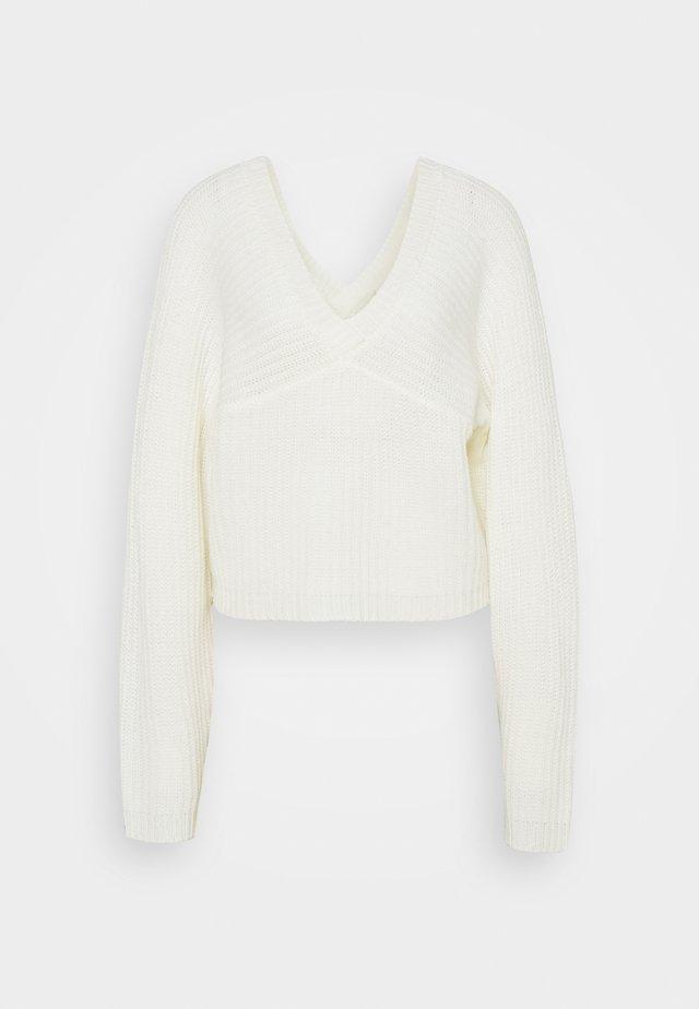 OFF SHOULDER  - Sweter - white