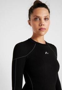 ONLY Play - ONPHUSH RUN CIRCULAR TEE - Koszulka sportowa - black - 3