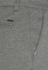 TOM TAILOR - JOSH  - Shorts - grey melange pique - 4