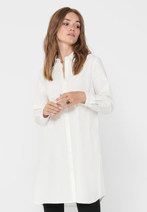 LOOSE FIT - Shirt dress - cloud dancer