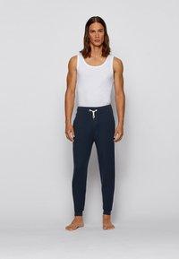 BOSS - Pantalon de survêtement - dark blue - 1