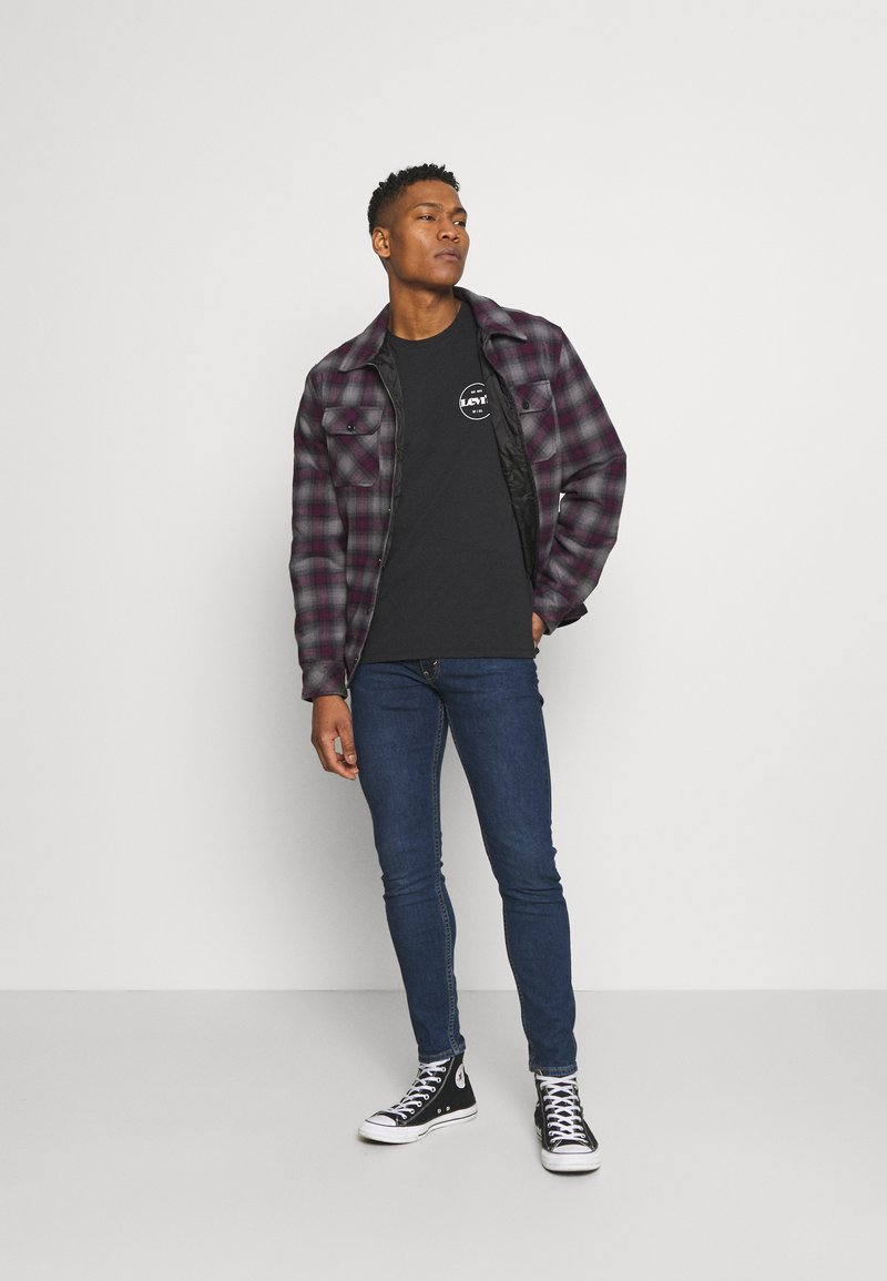 Levi's® - CREWNECK GRAPHIC 2 PACK - T-shirt con stampa - madder brown/caviar