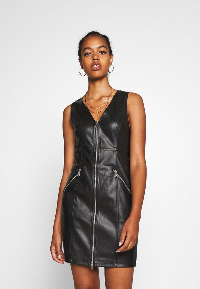 ONLSARAH DRESS - Etuikleid - black