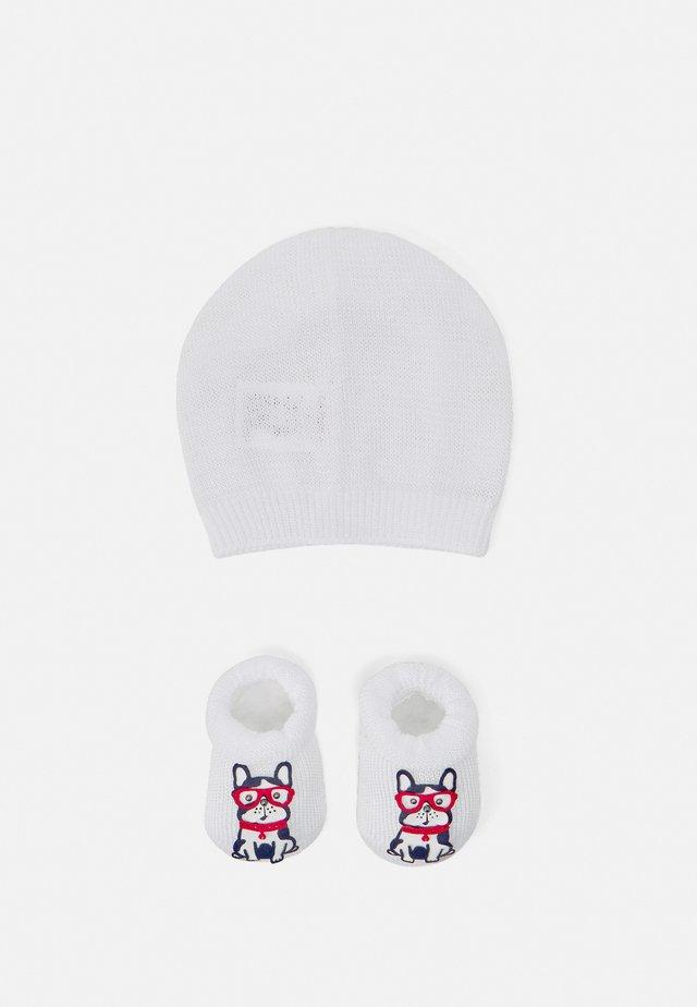 BABY PACK BULLDOG SET - Sokken - bianco