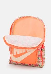 Nike Sportswear - CLASSIC UNISEX - Rucksack - bright mango/crimson tint - 2