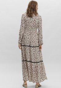 Vero Moda - ANCLE - Maxi dress - oatmeal - 1