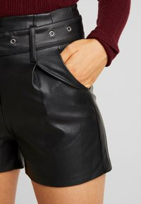 Lost Ink - BUTTON FRONT - Shorts - black - 4
