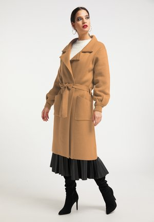 Płaszcz wełniany /Płaszcz klasyczny - kamel