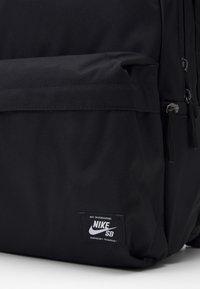 Nike SB - ICON UNISEX - Rucksack - black - 3