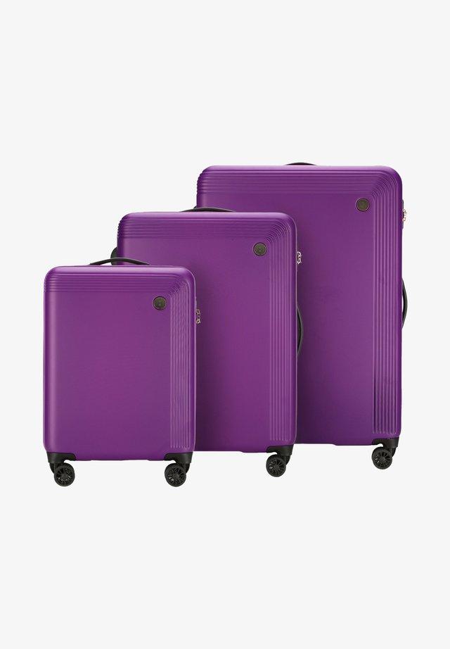 Luggage set - violett
