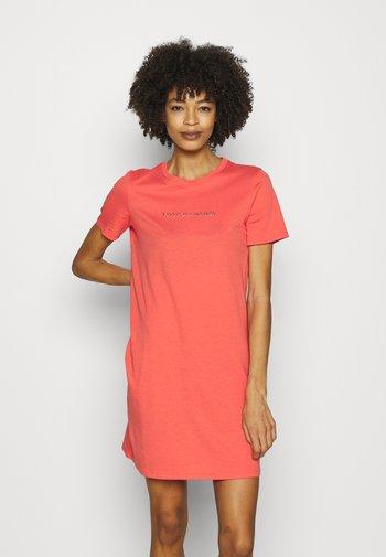 VESTITO - Jersey dress - sangria