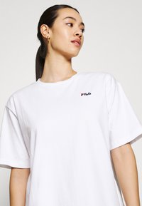 Fila - ELLE TEE DRESS - Sukienka z dżerseju - bright white - 3