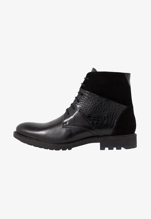 Lace-up ankle boots - briso black