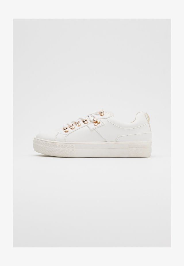 ONLSTELLA  - Baskets basses - offwhite