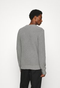 GAP - SHAKER CREW - Stickad tröja - heather grey