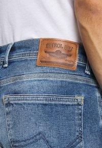 Petrol Industries - Straight leg jeans - light used - 5