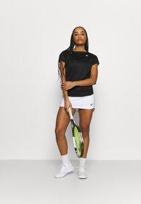 ASICS - COURT SKORT - Sports skirt - brilliant white - 1