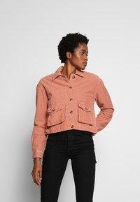 Miss Selfridge - SHACKET - Lehká bunda - pink - 0