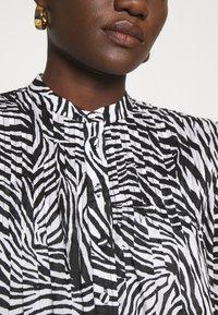 MICHAEL Michael Kors - LAWN ZEBRA MINI - Shirt dress - white/black - 5
