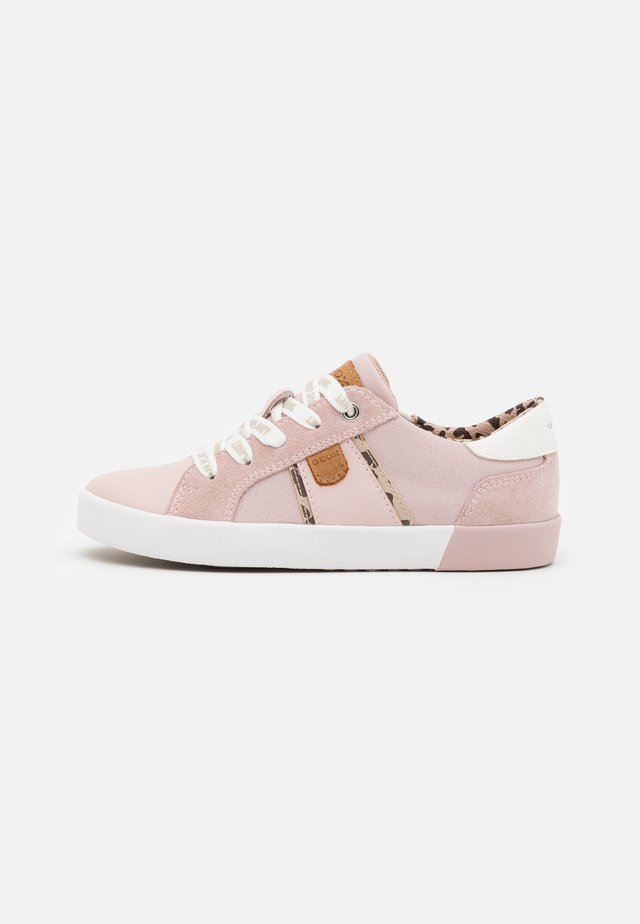 JR KILWI GIRL WWF - Sneakers laag - rose