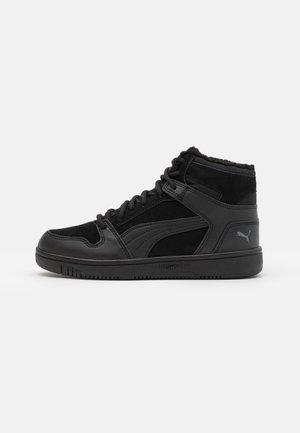 REBOUND LAYUP UNISEX - Zapatillas altas - black/castlerock