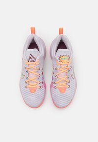 Nike Performance - GIANNIS IMMORTALITY FORCE FIELD - Basketball shoes - venice/light mulberry/crimson bliss - 3