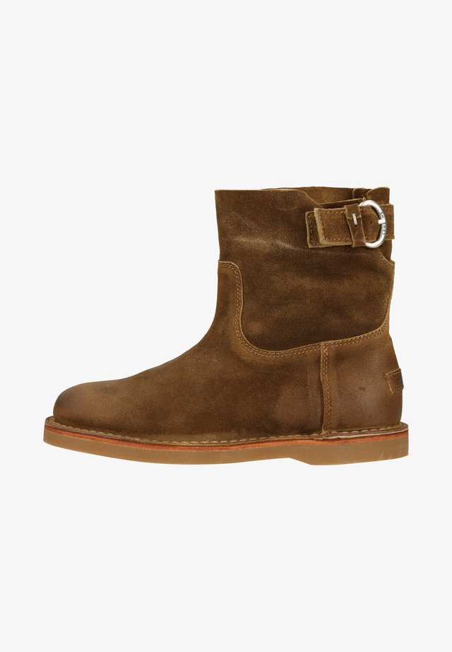 Botki - warm brown