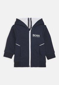 BOSS Kidswear - CARDIGAN UNISEX - Mikina na zip - navy - 0