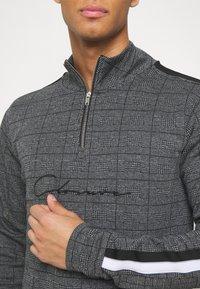 CLOSURE London - PANELLED CHECKED TRACKTOP - Sweatshirt - charcoal - 5